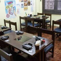 アソーク店:10~15名テーブル(喫煙)