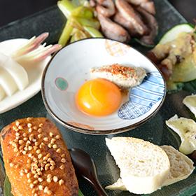 蕎麦屋の5種前菜盛り(360B)