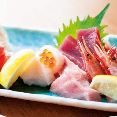 職人技が光る和洋折衷の美しい料理 -菜遊季-