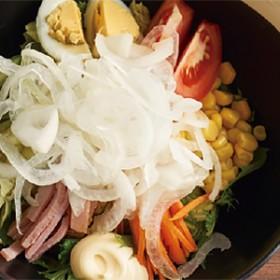 人気第3位:金ちゃんサラダ(190B)