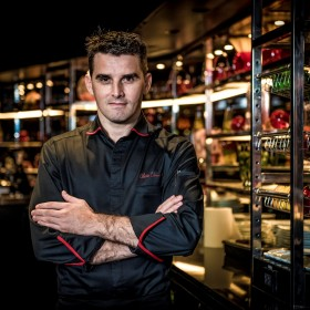 Executive Chef  Olivier Limousin氏