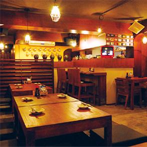 バンコクの新規開店レストラン-熟成焼酎のヤカン量り売りのお店がオープン!