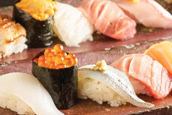 """シャリが口の中でこぼれる""""握らない""""お寿司-ゑんどう寿司-"""