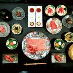 肉寿司からなめろう肉茶漬けまで、極上肉尽くしの史上最強コース(3,600B~)。このほか、肉の匠コース(2,200B)、将泰庵コース(3,200B)も用意。