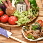 オーナーの実家から届く野菜はみずみずしく、迫力満点の大きさ!