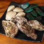新鮮、大粒、汁まで美味しい!人気の品を集めた浜焼きコンボ(388B)