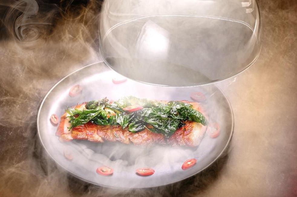 GU燻製レストラン